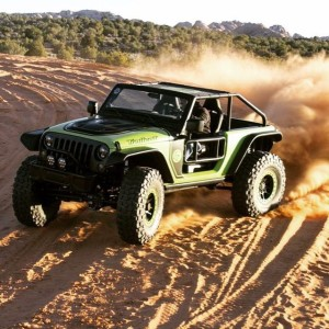More sand fun with the 707 hp hellcat-powered Jeep JK Trailcat.