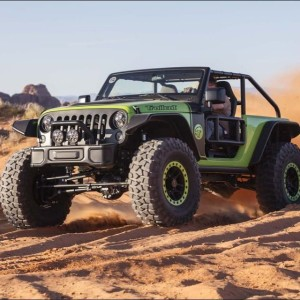 This one is the Trailcat, a 700+hp Hellcat powered Wrangler.